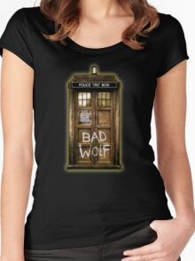 Old Rustic wood Phone box with Bad Wolf typograph Women's Fitted Scoop T-Shirt