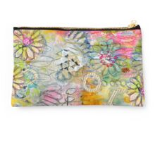 In the Garden Studio Pouch