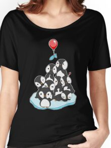 Penguin mountain Women's Relaxed Fit T-Shirt