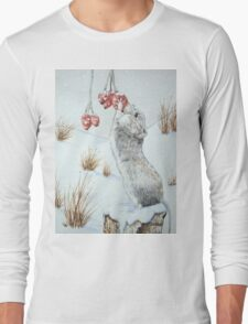 Cute mouse and red berries snow scene wildlife art   Long Sleeve T-Shirt
