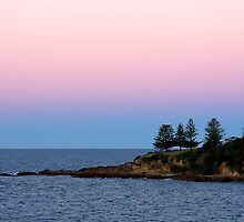 Point Dickinson - Bermagui by Hans Kawitzki