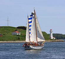 Sailing by HALIFAXPHOTO