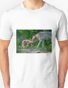 Timber Wolf And Pup Unisex T-Shirt