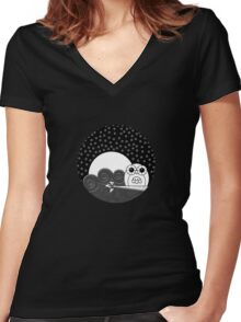 Whoot Owl - Circle Design Women's Fitted V-Neck T-Shirt