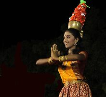 Karagam -a popular folk dance in India by Siju Doniston