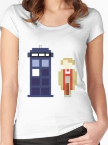 Pixel 5th Doctor and TARDIS Women's Fitted Scoop T-Shirt