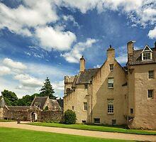 Drum Castle by Grant Glendinning