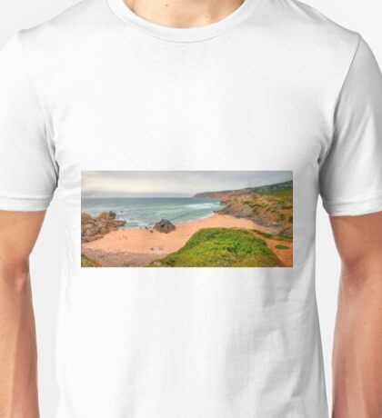 its the lens!....or is it me.....(?) Unisex T-Shirt