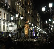 Easter procession at Zaragoza by Esther  Moliné