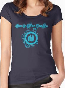 get in with the nu Women's Fitted Scoop T-Shirt