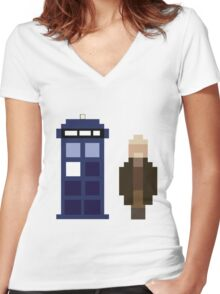 Pixel War Doctor and TARDIS Women's Fitted V-Neck T-Shirt