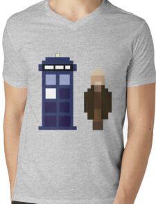 Pixel War Doctor and TARDIS Mens V-Neck T-Shirt