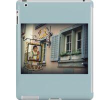 Aelpli Bar Window iPad Case/Skin