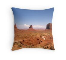 Monument Valley, USA Throw Pillow