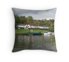 Shillingford Oxfordshire Throw Pillow