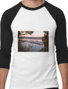 Amazing sunset in Solina Lake bay Men's Baseball ¾ T-Shirt