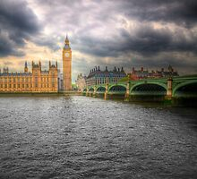 Houses of Parliament, London by Dave McAleavy