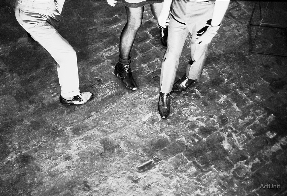Ian Rilen and the eighties leg by ArtUnit