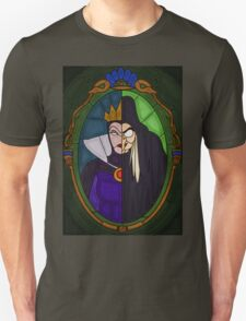 Mirror mirror - stained glass villains T-Shirt