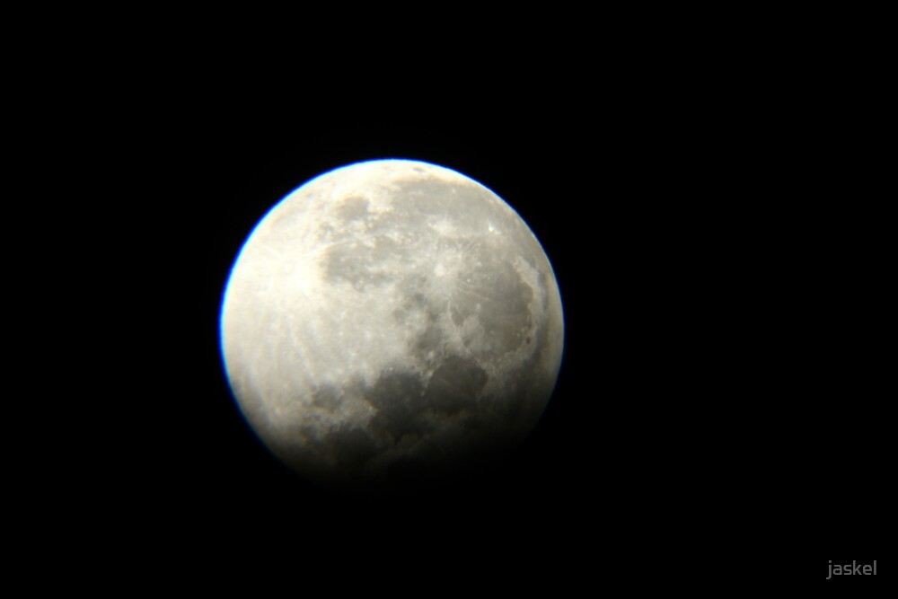 Partial Eclipse Of Moon by jaskel