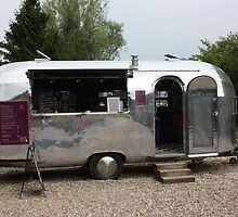 Streamline Caravan cafe @ Jupiter Artland by Ian Coyle