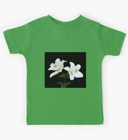 Lily Blooms. Kids Tee