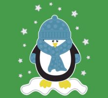 Baby It's Cold Outside [Boy Penguin] Kids Tee