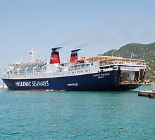 Express Pegasus docking in Skopelos by David Fowler