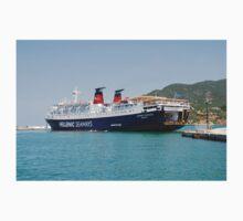 Express Pegasus docking in Skopelos Kids Clothes