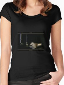 Razor and Brush Shaving Stand Women's Fitted Scoop T-Shirt