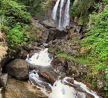 SRI LANKAN WATERFALLS. 2 by ronsaunders47