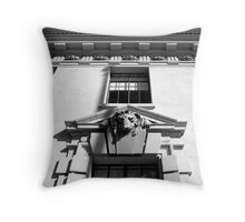 CLASSIC FACADE Throw Pillow