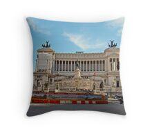 Piazza Venezia Monument to Vittorio Emanuele II, Rome Italy Throw Pillow