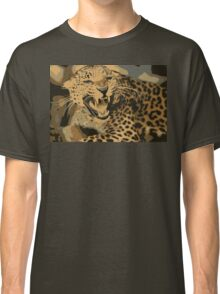 Wild leopard in 7 colors Classic T-Shirt