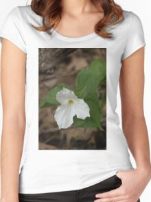 Spring Forest Walk Treasures - White Trillium Flower Women's Fitted Scoop T-Shirt