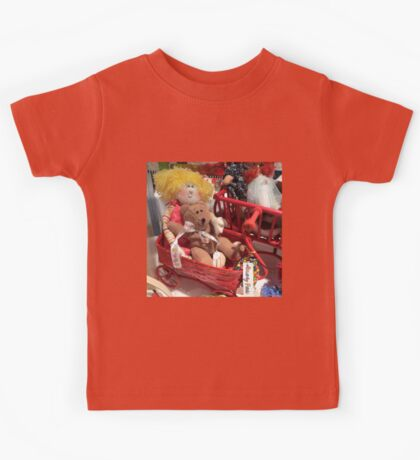 Bear Finds a Real Doll! Kids Tee