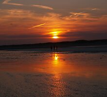 Sunset walk - Camber Beach by Dan Bevan Photography