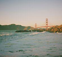 San Francisco waves by vvinicius