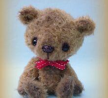 Sig - Handmade bears from Teddy Bear Orphans by Penny Bonser