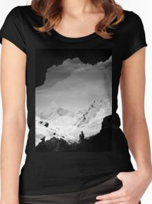 Snowy Isolation Women's Fitted Scoop T-Shirt