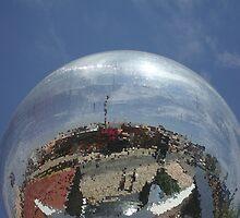 Globular by nikkinakki