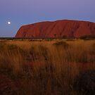 ULURU Blue Moon rising  by Arthur Koole