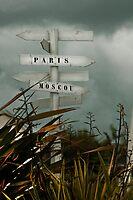 Par Ici, Paris et Par La, Moscou by Buckwhite