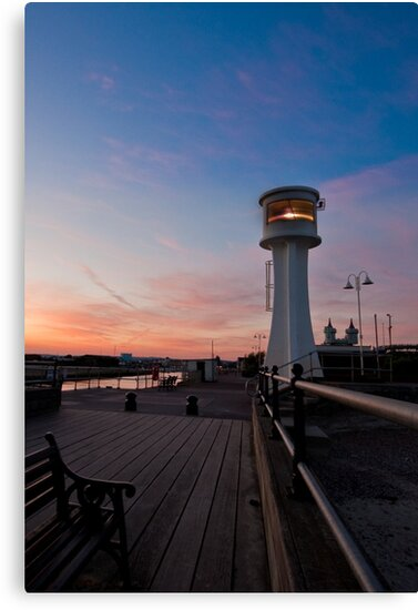 Littlehampton Lighthouse at dusk by Kevin  Poulton