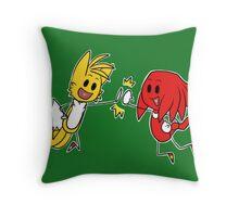 Best buds Throw Pillow