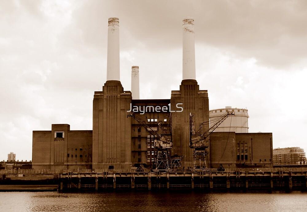 Battersea Power Station by JaymeeLS