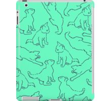 Kitty playing on green iPad Case/Skin