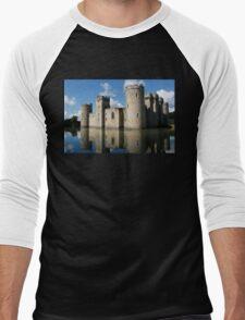 The Medieval Bodiam Castle in England Men's Baseball ¾ T-Shirt