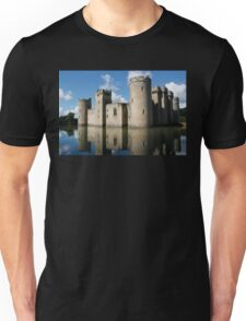 The Medieval Bodiam Castle in England Unisex T-Shirt