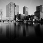 canary wharf by Giles McGarry